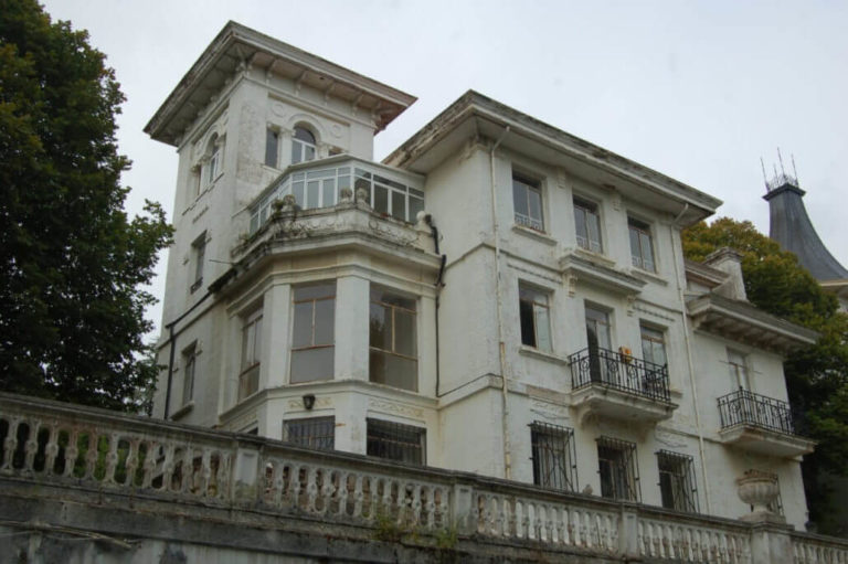 Repinor Pintado Fachada Exterior 1 1030x685 santander torrelavega
