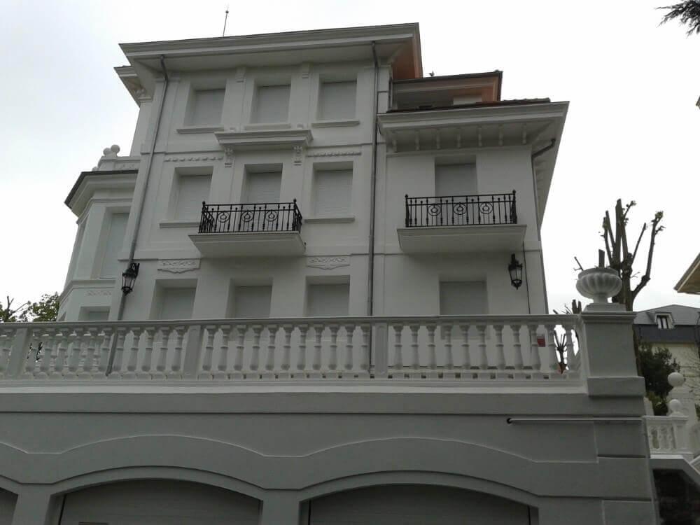 En Repinor somos expertos en pintura para exteriores en Cantabria